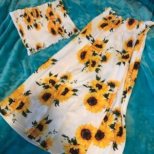 Two piece sunflower outfit 🌻